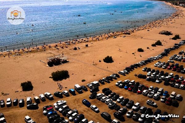 Beach of Estartit Summer Spain L'Estartit Costa Brava Vibes Cars parking in Catalonie Crowd