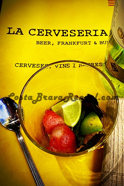 La Cerveseria Estartit Costa Brava Beer Menu cocktail Beer