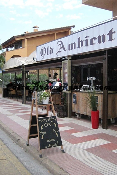 Restaurant Old Ambient in Estartit, Costa Brava, Spain, Bar, terrace