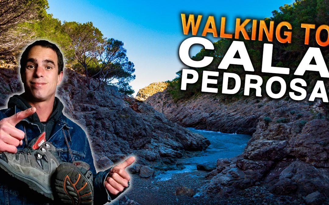 Walking to Cala Pedrosa.
